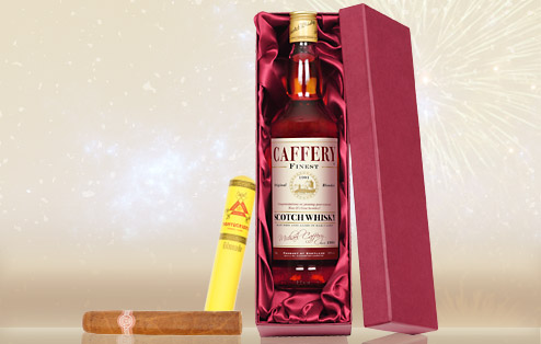 Personalised Blended Whisky and Montecristo Tube Cigar Gift Set